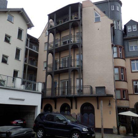 Balkonbau: Balkongeländer in Limburg